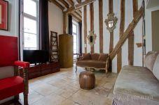 Apartment in Paris - Marais Amorino Rustic